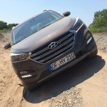 Hyundai Tucson offroad at a slope