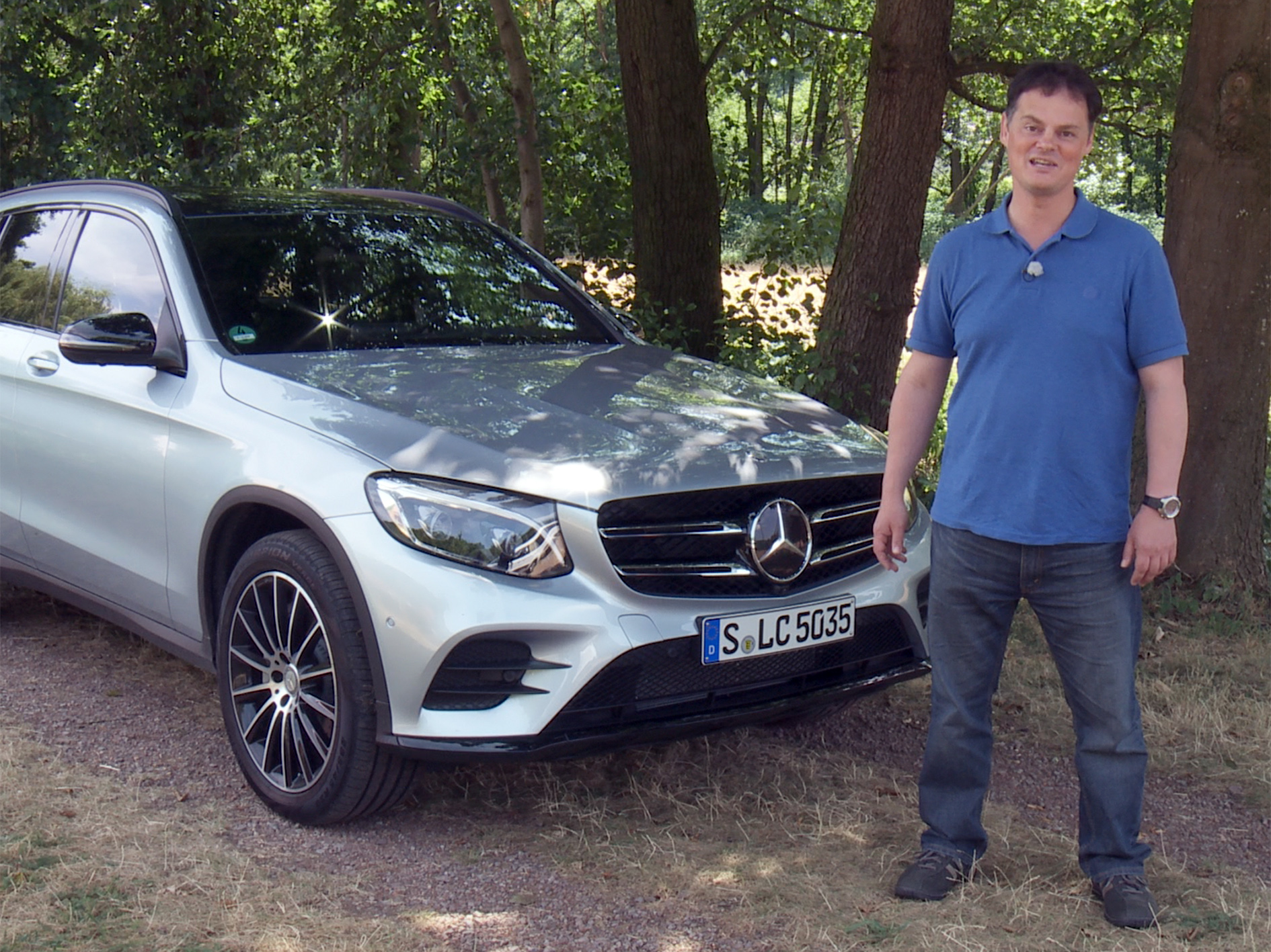 mercedes glc 250 4matic test drive car review drive report english hd quickcareview. Black Bedroom Furniture Sets. Home Design Ideas