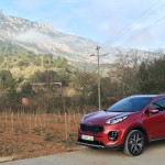 Kia Sportage 2.0 CRDi AWD in the country side