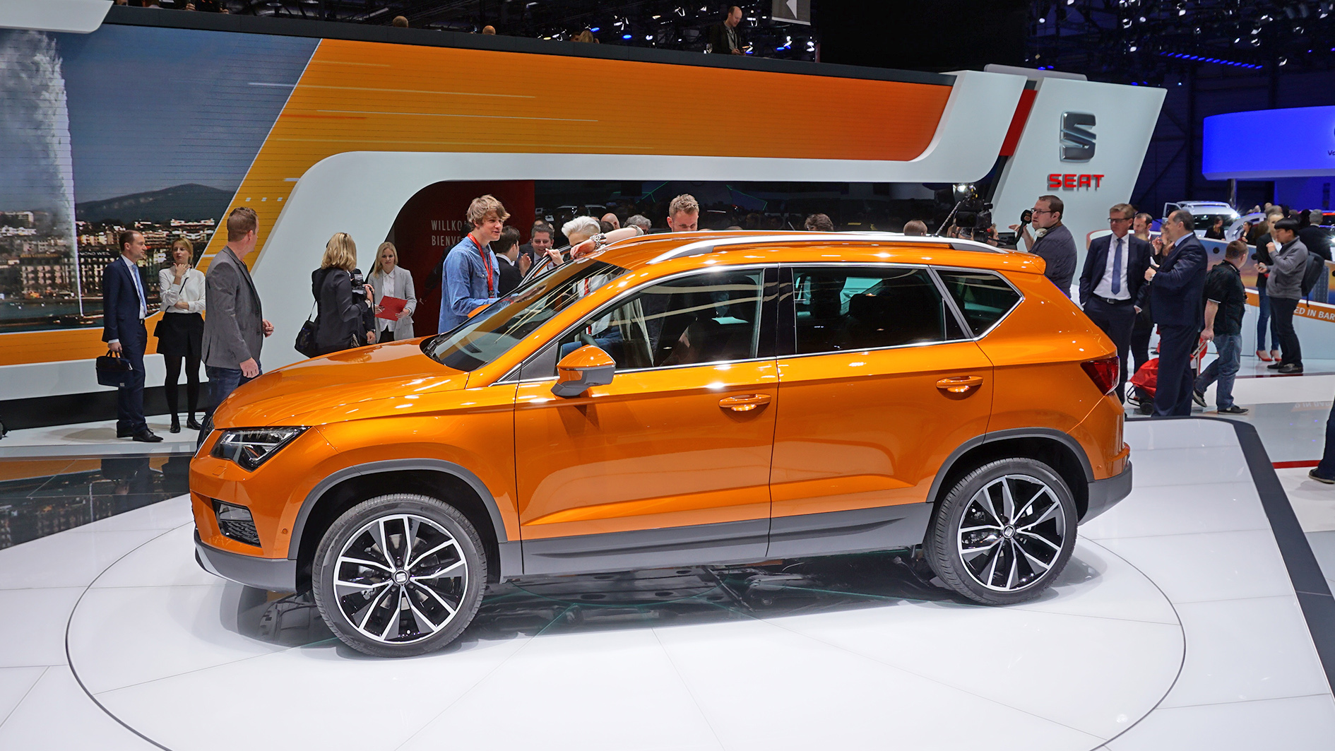 geneva 2016 seat ateca world premiere seat 39 s first suv. Black Bedroom Furniture Sets. Home Design Ideas