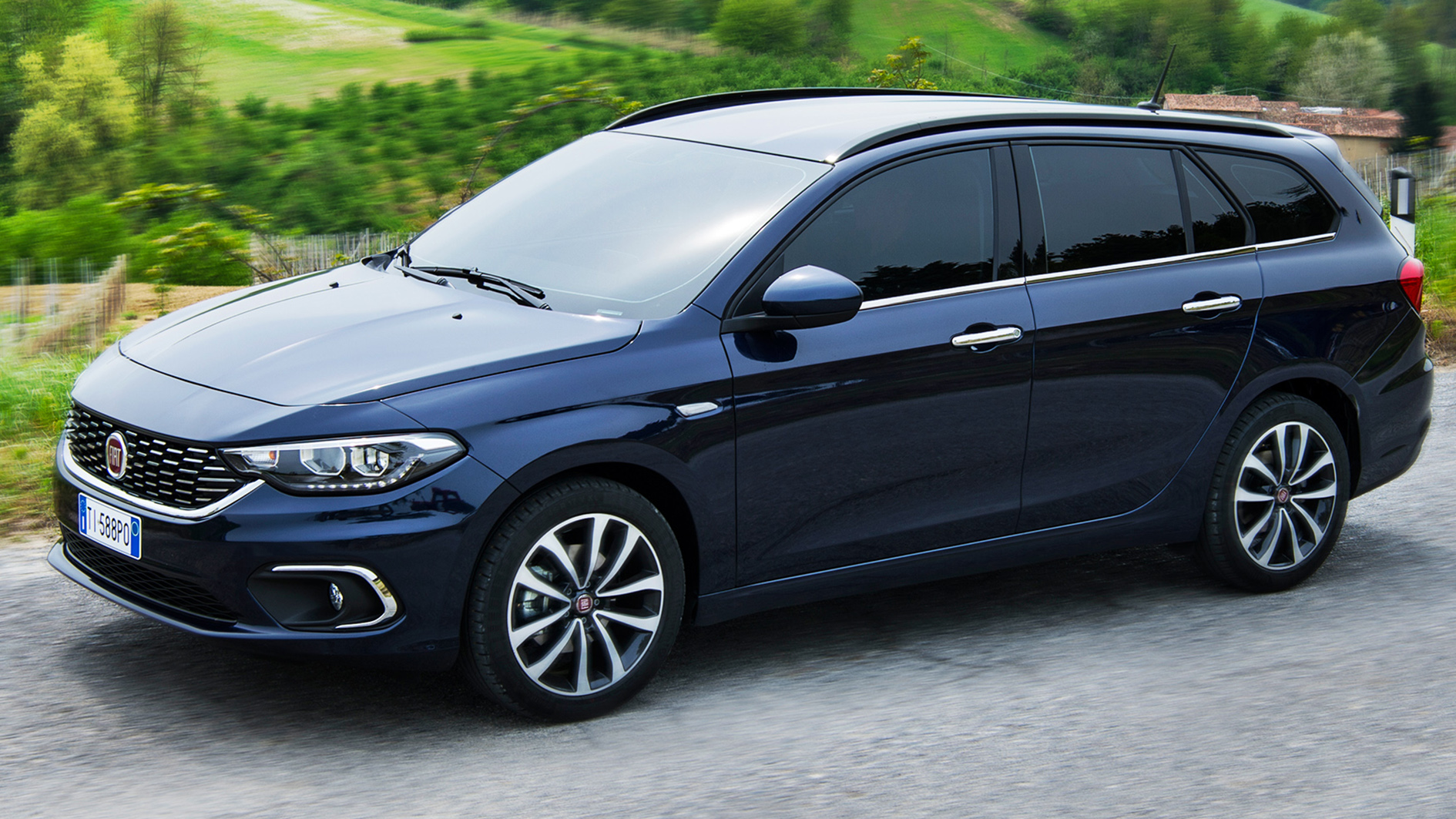 fiat tipo estate dct test review 2017 drive report. Black Bedroom Furniture Sets. Home Design Ideas