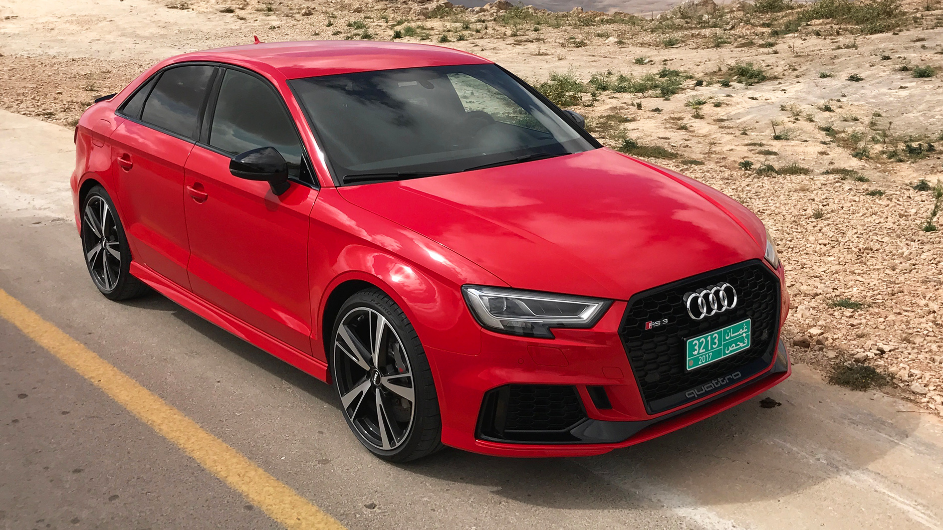 new audi rs3 sedan 2017 review driving report test drive english. Black Bedroom Furniture Sets. Home Design Ideas