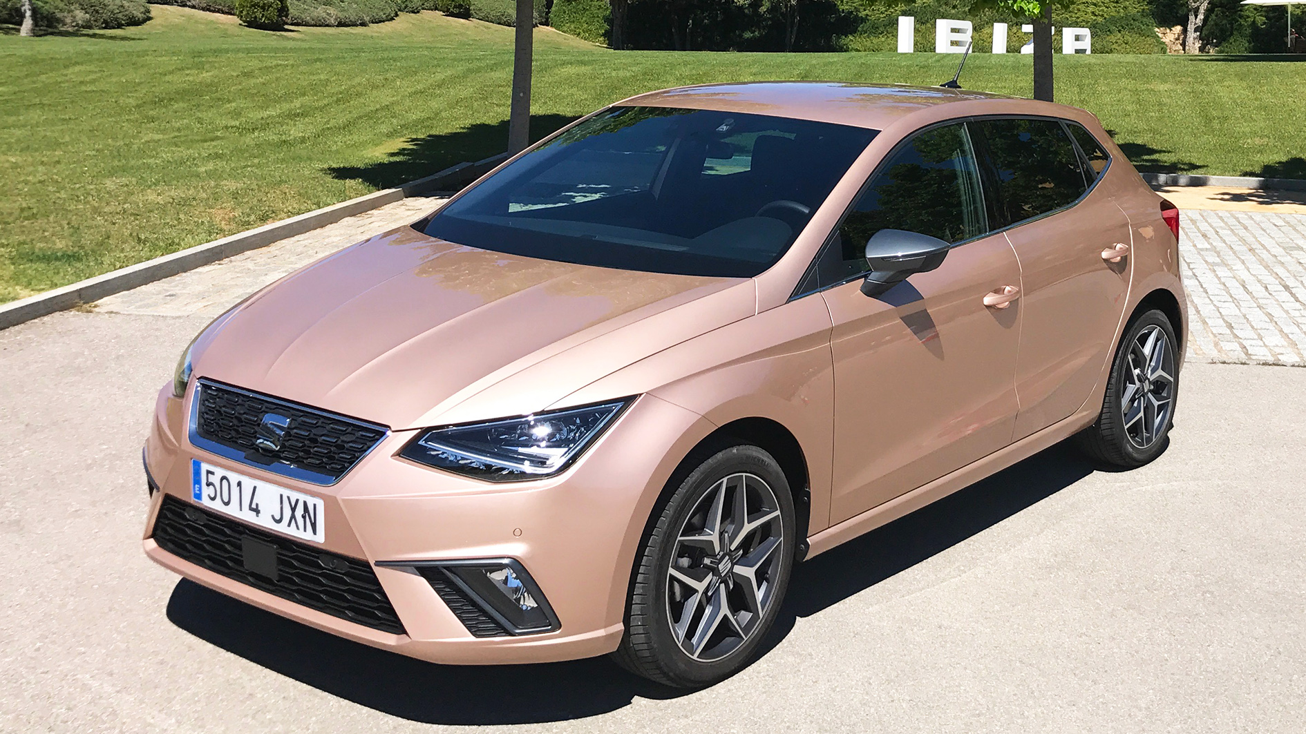 seat ibiza 1 0 tsi 115 ps review driving report 2017 test car english. Black Bedroom Furniture Sets. Home Design Ideas