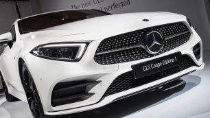 Mercedes-Benz Cars at the  LA Auto Show 2017. Image: Daimler / http://quickcarreview.com