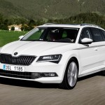 driving skoda superb combi 2015